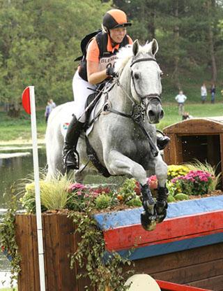 Hayley Parker and Pohlands Cuppuchino, CCI***, Blenheim International 2014