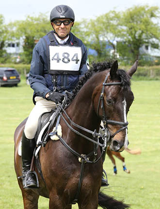 Bill Levett and Spezific One, Withington HT, May 2015